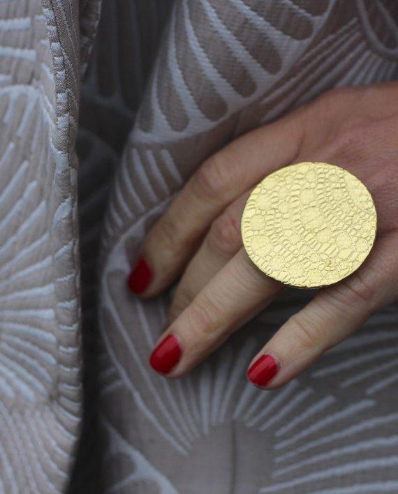 Ring_My-Story-Statement_Gold_Storleksbild